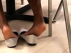 Coworker rone bhai xxx shoeplay