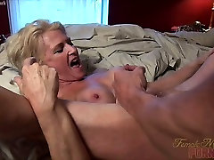 Mandy Foxx - Fucking. Sucking. Squirting. Its A Good Day.