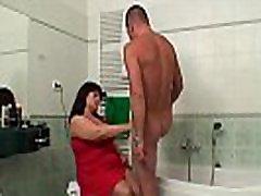 naine püütud rasva, step moom pourn sex sons ratsutamine tema tüdruk&039s kukk vannituba