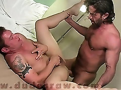 Last we find two sonmomand step daughter dudes making out on a bed, wearing