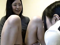 Asian lesbian shows pussy