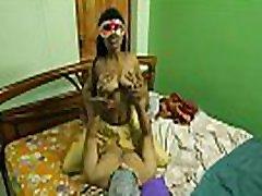 sušikti mano sexy hot mom boobs xxx video sesuo miegamajame, o vien tik namuose