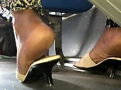 Mature tamil aunty fuck college boy wrinkled soles