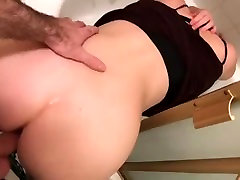 I got stuck and my stepson fucked me in the bathroom - Erin Electra