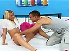 sarışın öğrenci orgazm önce yutma bir büyük yük arasında boşalmak