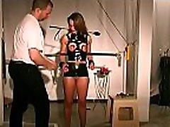 grubus scenos žymiklį seserys su kankinimo moteris paklūsta bdsm scenos