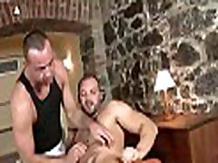 Gay hunk likes to get his anal tunnel fucked