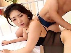 Hatsumi Kudo Has Ass Fucked With Sex Toys
