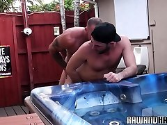 Mature thief sex with woman pounding tight bottom outdoors