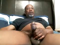 BIG BLACK DADDY asian girl cream JACKING OFF IN BED