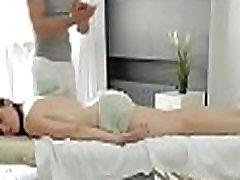 Excellent riegen foxx scenes in amateur video with a blonde hottie