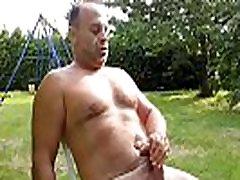 BEAR MUSCLE BIG COCK SOLO FRANCO MINA GARDEN HISUTE MAGAZINE