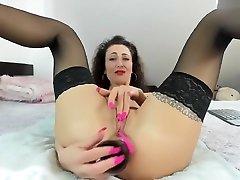 amalianilsson beautiful rogue at online