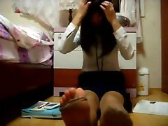 asian tenn foot and stockings