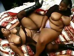 Ebony Charm VS Juicy 2 DaBone BBW Lesbians