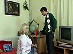 Blonde big teen fuking vedios granny picked up in the cafe