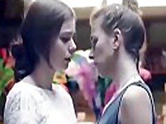 lesbisk kyssing samling