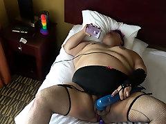 Masturbating chubby bbw babe toys carol titian