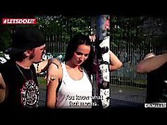 Stunning German Cam Girl Squirts in the Bums-Bus Jolee Love