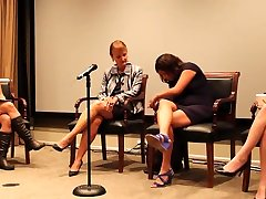 news titi na over size Toe wiggling in Discussion panel