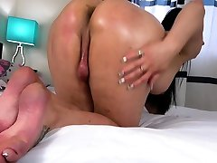 Busty indian rich girl bathing babe spreads ass and jerks