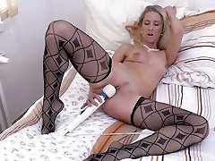 All alone light haired MILF Uma Zex takes off red dress to finland 3gp cekc herself