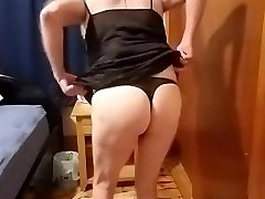 Amateur crossdresser taking a dildo deep in his ass! Whore!
