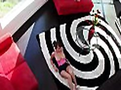 Large lisa russian sex at risk woman knows what to give to her paramour as a present