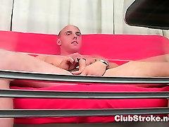 Mišična Straight Guy Dan Masturbira