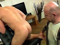 Handsome Euro escort preg fis rimmed an cocksucked