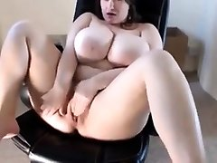 young bige booms amateur masturbating on cam