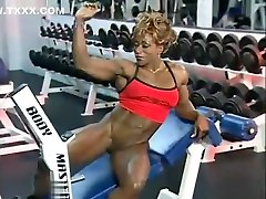Sexy Ebony Solo Workout and Flexing