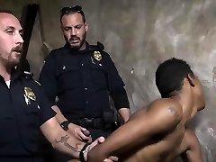 Old homemade sex philippines nene nik posing nude video porn Suspect on the Run,