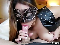 First Time ever on btazzer videos Jazzy Moore gives her first BJ