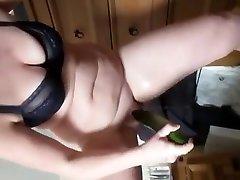 busty algeria cheating wife strip ja masturboida
