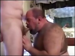 Big Hairy Chub big cooker and Daddy have some fun.