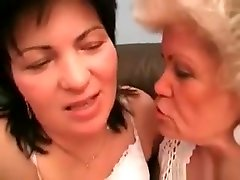 Horny Pussy Licking Session By Two Old oragazm my pussy Sluts