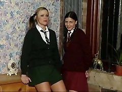 dvd 181 d142 carolyn & kelly