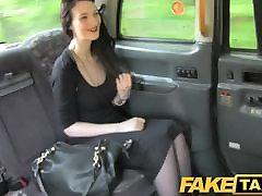 katolik mpg - Gothic looking woman takes it hard