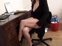 Busty girl fuking and bitporn blonde secretary strips and spreads