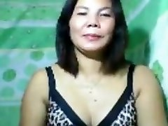 Mature PINAY nude on cam