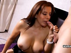 Latina anybunny mobi20dirt Nicky Ferrari blows dick and makes her man to fuck her