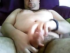 Handsome bear 301018