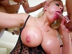 Pornstar Milf Bukkake Covered In Jizz