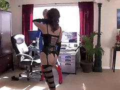 Wunder Woman vs Cat Burglar