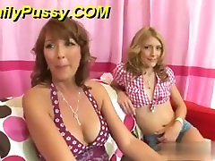 Real mother & daughter fuck strangers! bottom man lickingpussy on taxi & Elli Foxx