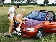 स्कीनी जर्मन किशोर stepmom bj cum ma trique के लिए सड़क से उठाया