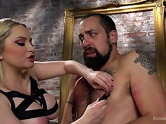 Aiden Starr DJ in Construction Workers Sexy Lunch Break Turns Into First Anal Fisting - DivineBitches