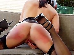 Lezdom mistress teaching submissive some manners