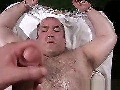 Big Oiled Up cachonda anal Bound and Cock Teased